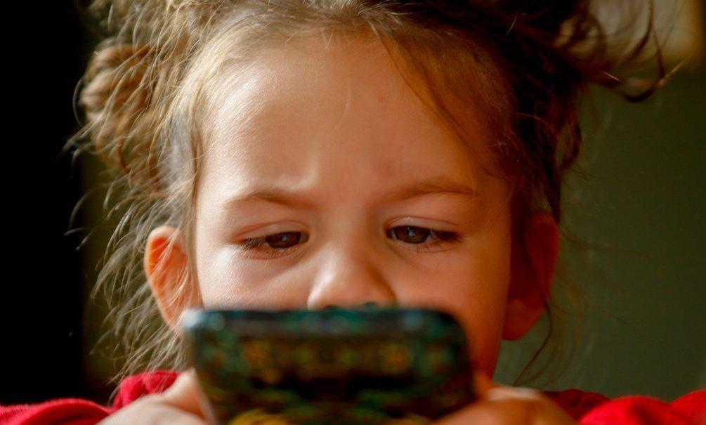 На общероссийский детский телефон доверия  поступило свыше десяти миллионов обращений