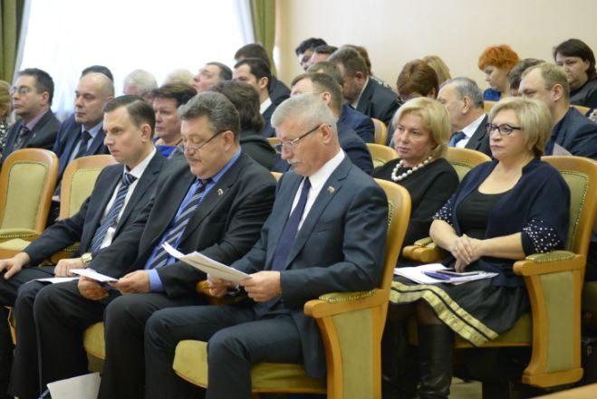 Три десятка подольских депутатов пять лет получали «награду» из дефицитного бюджета