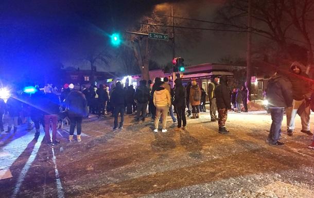 В Миннеаполисе вспыхнули протесты после нового убийства полицейскими мужчины