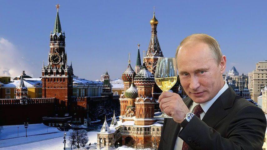 Когда наступает Новый год: звонарь Кремля рассказал о главном заблуждении россиян