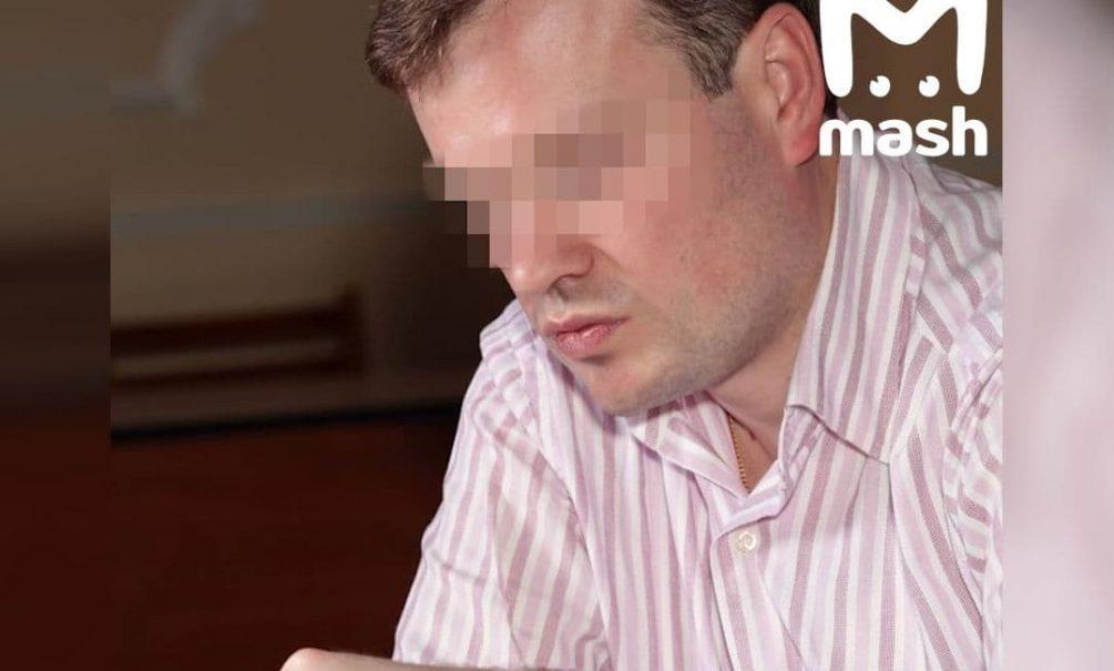 За домогательства к 6-летней девочке задержали учителя московской школы