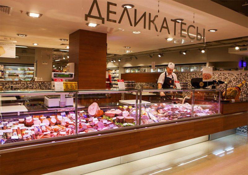 Хватит кормить Москву: миллиардер Дерипаска предлагает жителям столицы ехать за колбасой в регионы