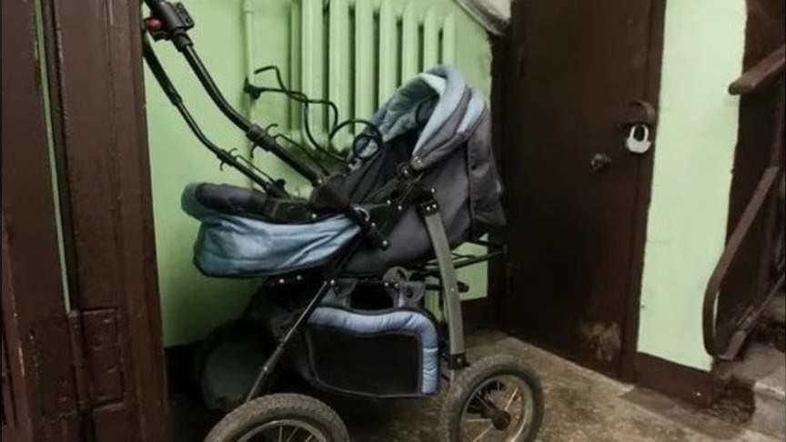 «Дебилы и бездетные это придумывают»: запрет на коляски под лестницей расколол россиян на два лагеря