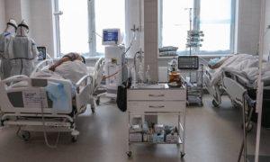 В палате петербургского ковид-центра найден труп пациента с ножом в сердце