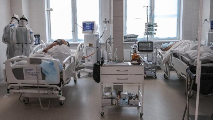 Нельзя же заразиться от детей: волгоградские власти отказываются платить компенсацию за смерть педиатра от Covid-19