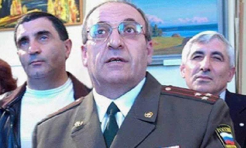 Экс-начальник  колонии особого режима, где сидел террорист Радуев, покончил с собой после ДТП