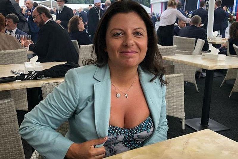 «Россия, матушка, забери Донбасс домой»:  Маргарита Симоньян просит РФ присоединить часть Украины