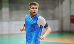 В Омске в пьяной драке зарезали футболиста