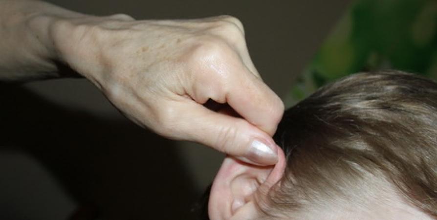 Бурятская учительница дернула мальчика за прооперированное ухо. Ученик может лишиться слуха