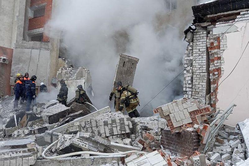 Взрыв суши-маркета в Нижнем Новгороде: под завалами оказались две женщины
