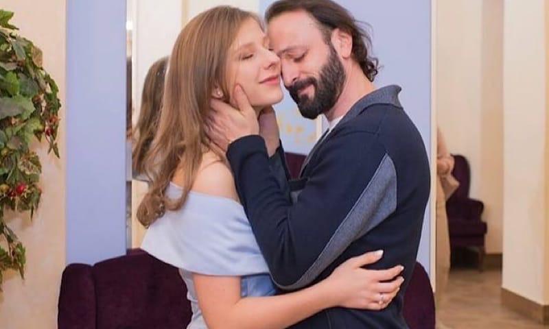 Лиза Арзамасова рассказала о любви в условиях карантина и отношениях с 16-летним сыном Ильи Авербуха