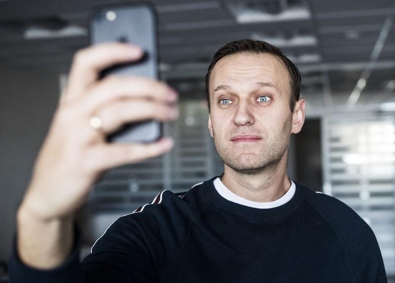 Извинится за всё и вернет Крым: украинские власти раскрыли свои планы на Навального
