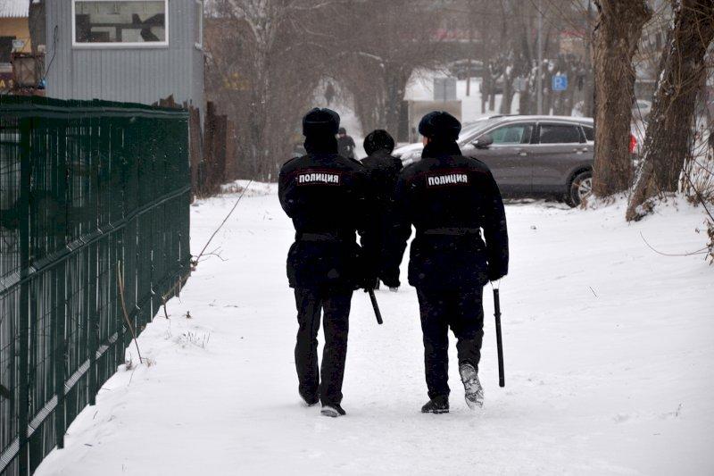 Раздела догола и увела в лес: под Москвой женщина пыталась заморозить своих детей
