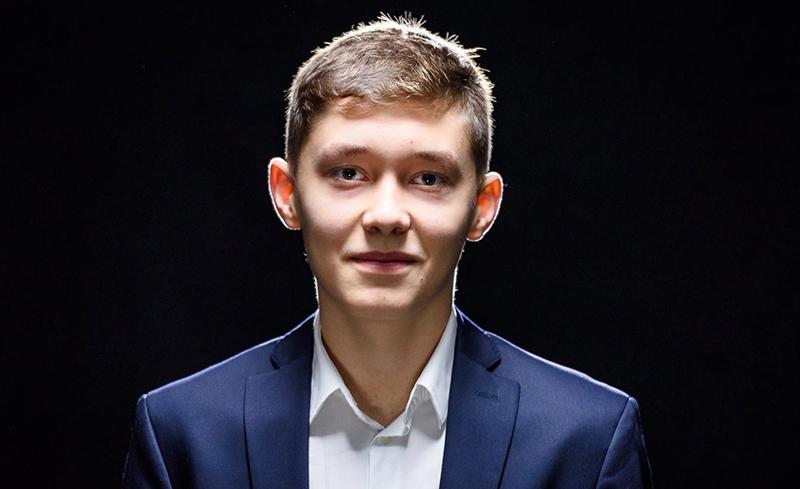 18-летний Андрей Есипенко - настоящая гордость страны