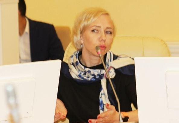 РБК: В Якутии замминистра пыталась купить должность в столичной мэрии