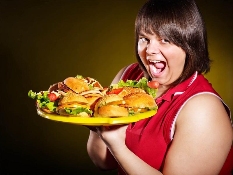 Без мучений и заморочек: диетолог дала простейшие советы решившим начать худеть