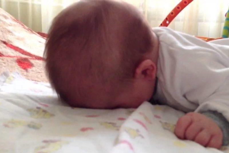 Семья в Ростовской области надругалась над шестимесячной дочкой на камеру и выложила видео в Сеть