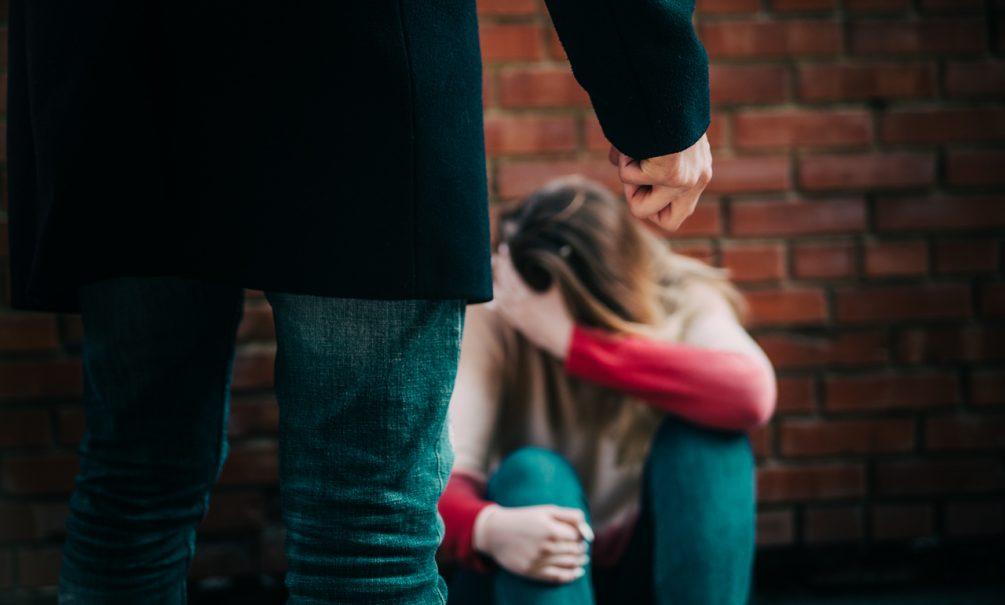 Убийца из Омской области изнасиловал девушку через 7 дней на воле