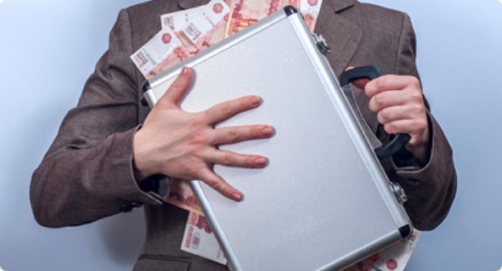 Заплатят все: через три дня ФНС доберется до банковской тайны россиян
