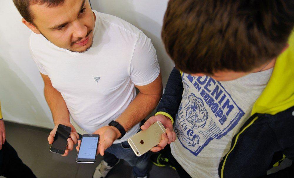 Вопреки тайне связи: Роскомнадзор получит доступ к звонкам и сообщениям сотовых абонентов