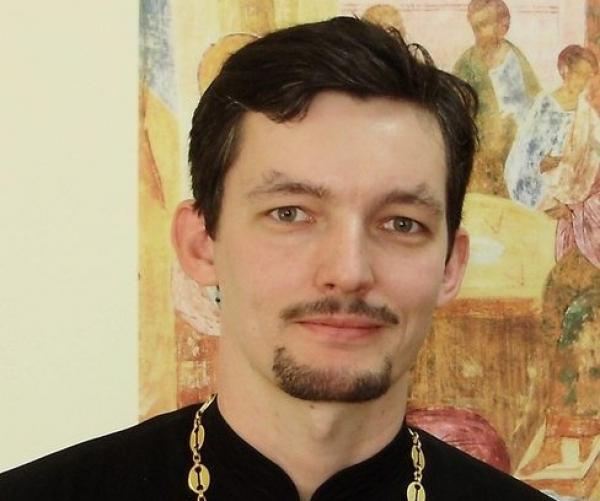 Священник из Ростова рассказал о гей-лобби в РПЦ и был вынужден покинуть Россию