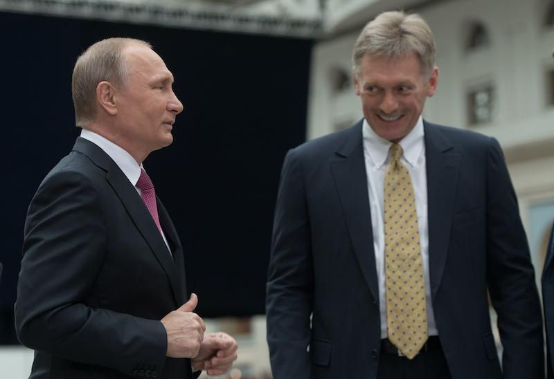 Стучать будут направо и налево: Песков разоткровенничался о Путине, коррупционерах, друзьях и врагах России