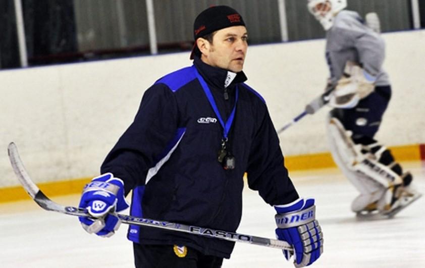 Просто стоял рядом: за гибель хоккеиста от шайбы тренеру Вячеславу Курочкину дали 2 года тюрьмы