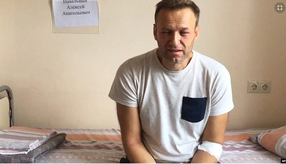 Навальному резко стало плохо, а в колонии, где он сидит, объявили о начале «режимных мероприятий»