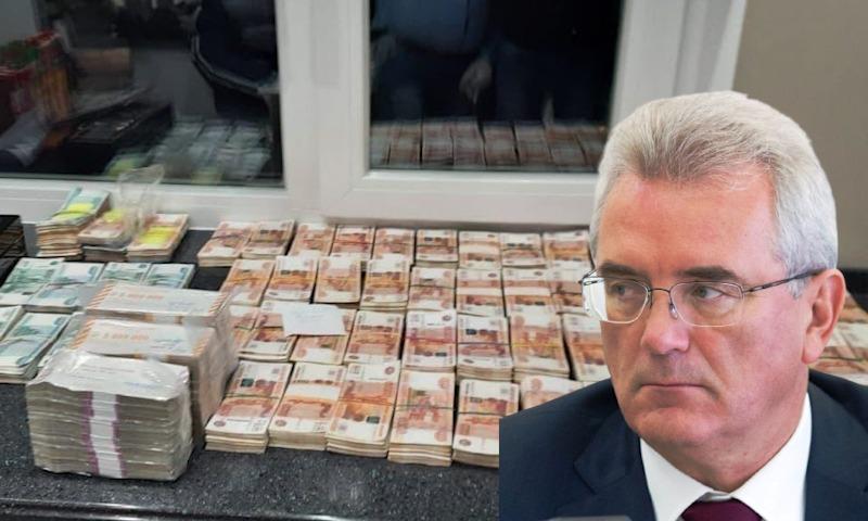 Дома у задержанного главы Пензенской области нашли полмиллиарда наличными