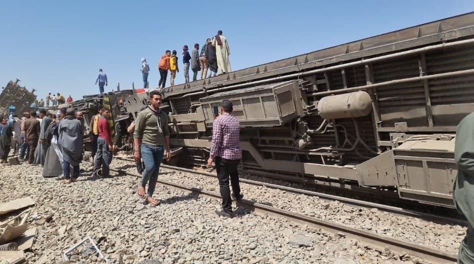 Свыше 30 человек погибли при столкновении поездов в Египте
