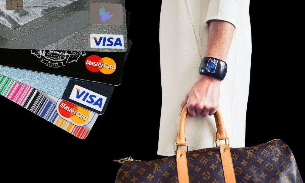 Россияне рискуют остаться без Visa и Mastercard