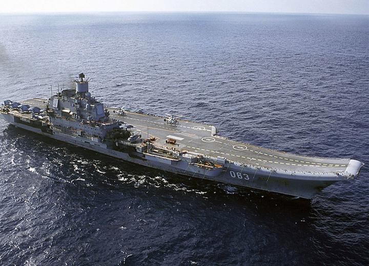 Зачем России нужны авианосцы на воде и на суше