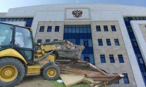 Волгоградские чиновники не смогли объяснить в суде, зачем сносят туристический комплекс «Сосновый бор»