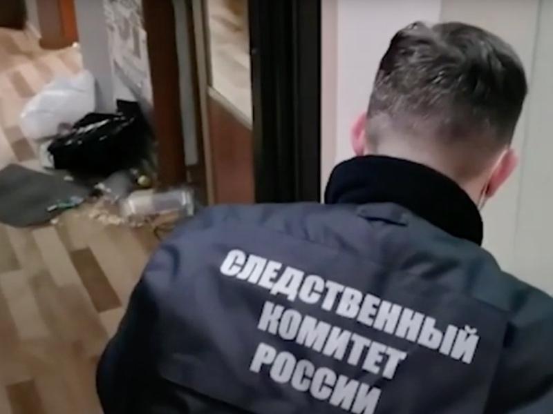 Пьяный мужчина ранил ножом в шею 9-летнего мальчика в Красноярске