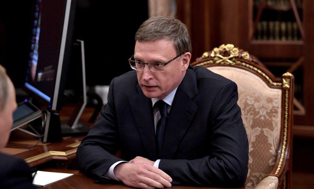 «Не прислушивается к федеральному центру»:  политологи оценили перспективы омского губернатора