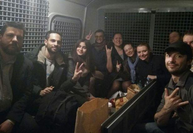 Штабы Навального уходят в подполье