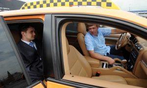 Водители такси в России смогут записать на аудио спорные ситуации с пассажирами и избежать необоснованных блокировок