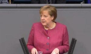 Полный капут! Меркель освистали в бундестаге за новые ограничения и ущемление свобод