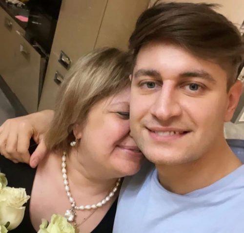 «Буду идеальной свекровью!»: мама Давы после конфликта с Бузовой