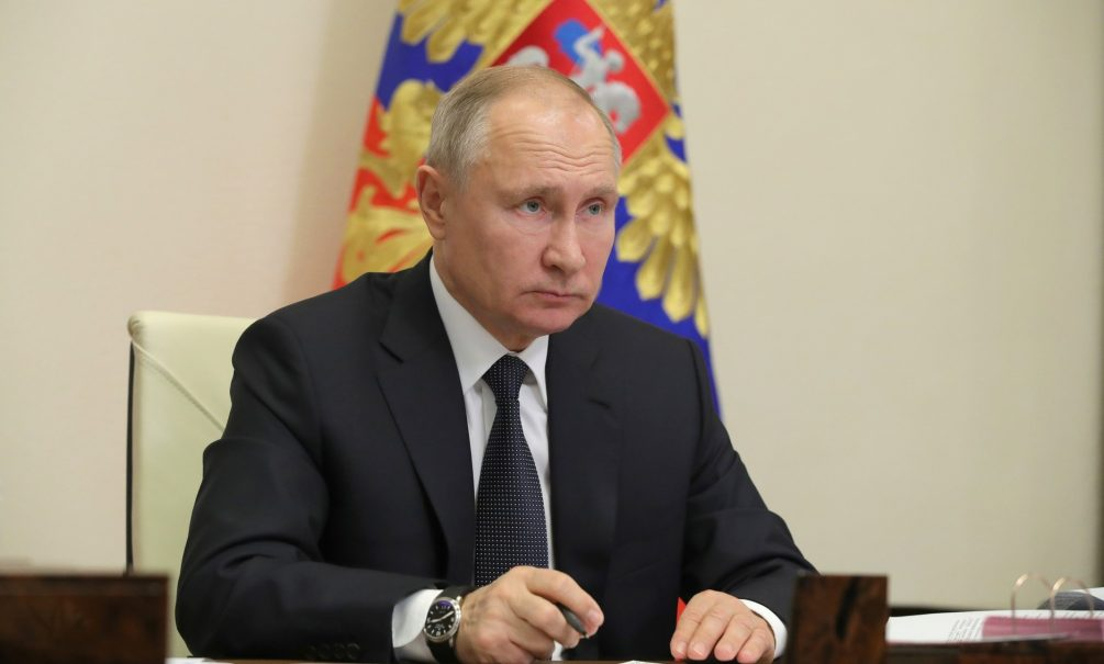 Путин устроил разнос застройщикам
