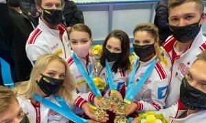 Впервые первые: сборная России по фигурному катанию одержала командную победу на чемпионате мира в Японии
