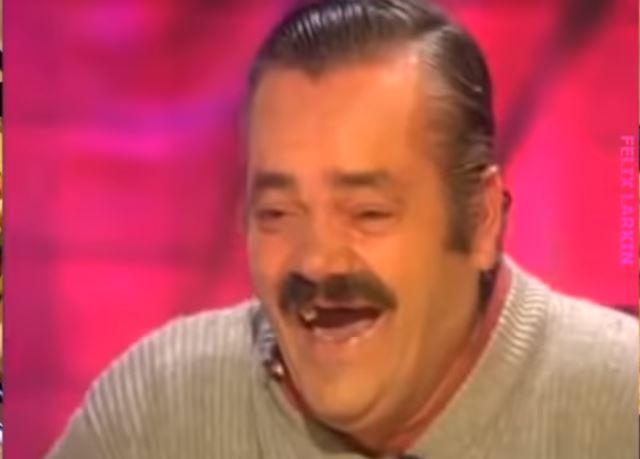 Уже не смешно: в Испании скончался человек-мем «Хохотун»