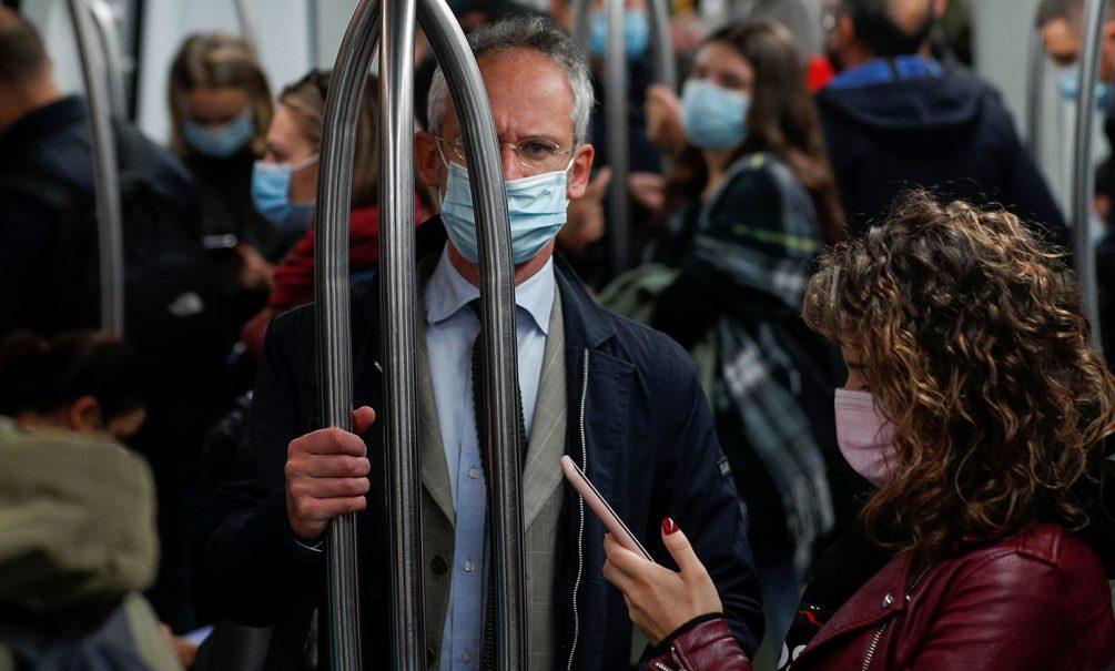 """""""Мы еще пообхаем"""": медицинские маски назвали бомбой замедленного действия"""