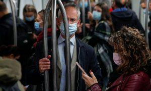 «Мы еще поохаем»: медицинские маски назвали бомбой замедленного действия