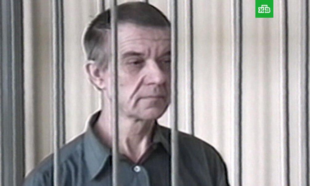 «Этот человек ко мне даже не приблизится»: пленница скопинского маньяка добилась госзащиты