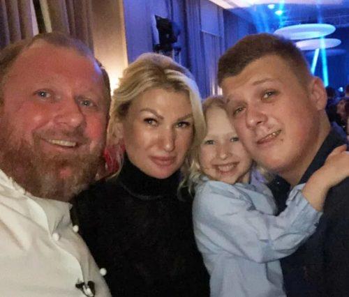 Экс-жена шефа Ивлева о реакции детей на развод: «Переломило их веру в отца, как в порядочного человека»