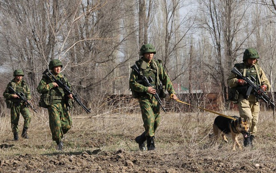 Война из-за клочка земли: на границе бывших Советских республик разгорелся бой