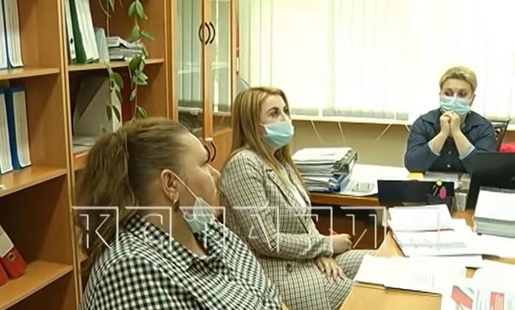 Нижегородская учительница не отпустила первоклашку в туалет, и он обкакался на уроке