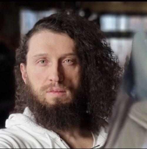 Предприниматель Кирил Иванов знал, что против него готовятся провокации, поэтому заранее установил в номере видеокамеры и предупредил адвокатов