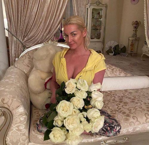 «Всё хуже и хуже»: Дана Борисова считает, что у Волочковой проблемы с алкоголем